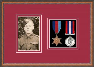 Military Medal Frame – M2PH-14C Teak-Beaujolais Mount