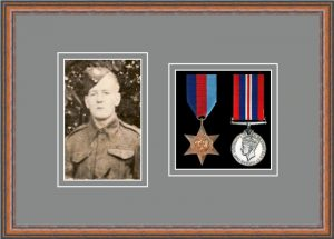 Military Medal Frame – M2PH-14C Teak-Grey Mount