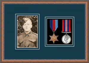 Military Medal Frame – M2PH-14C Teak-Nightshade Mount