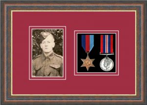 Military Medal Frame – M2PH-45F Mahogany-Beaujolais Mount