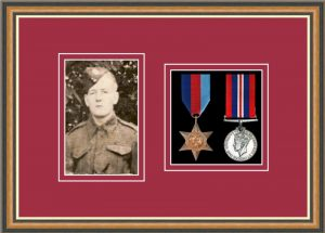 Military Medal Frame – M2PH-49H Walnut-Beaujolais Mount