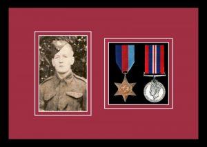 Military Medal Frame – M2PH-77i Black-Beaujolais Mount