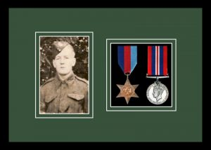 Military Medal Frame – M2PH-77i Black-Forest Green Mount