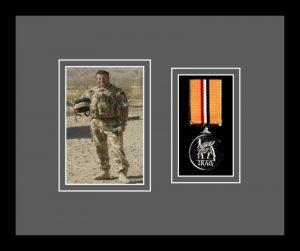 Military Medal Frame – M1PH-77i Black-Grey Mount