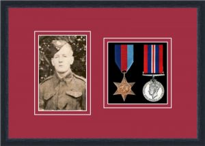 Military Medal Frame – M2PH-84D Black-Beaujolais Mount