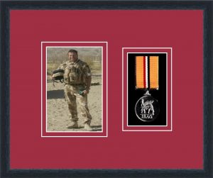Military Medal Frame – M1PH-84D Black-Beaujolais Mount
