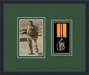 Military Medal Frame – M1PH-84D Black-Forest Green Mount