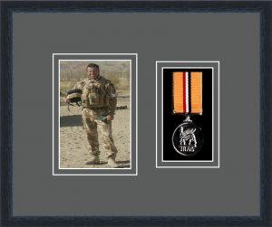 Military Medal Frame – M1PH-84D Black-Grey Mount