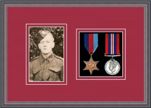 Military Medal Frame – M2PH-8C Oak-Beaujolais Mount