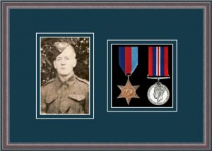 Military Medal Frame – M2PH-8C Oak-Nightshade Mount