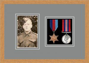 Military Medal Frame – M2PH-98F Light Woodgrain-Grey Mount