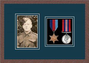Military Medal Frame – M2PH-99F Dark Woodgrain-Nightshade Mount
