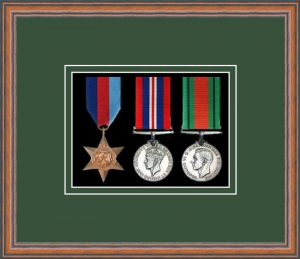 Military Medal Frame – M3-14C Teak-Forest Green Mount