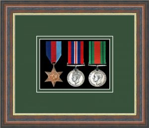 Military Medal Frame – M3-45F Mahogany-Forest Green Mount