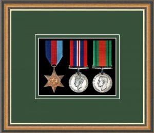 Military Medal Frame – M3-49H Walnut-Forest Green Mount