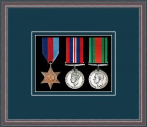 Military Medal Frame – M3-8C Oak-Nightshade Mount