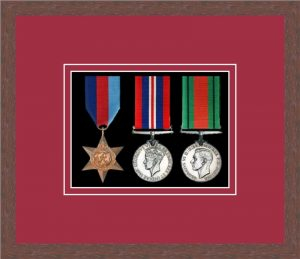 Military Medal Frame – M3-99F Dark Woodgrain-Beaujolais Mount