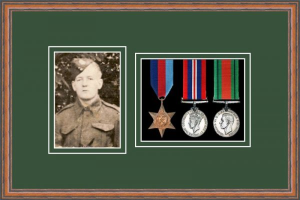 Teak picture frame for three military medals/photo with forest green mount
