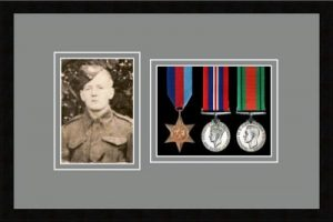 Military Medal Frame – M3PH-77i Black-Grey