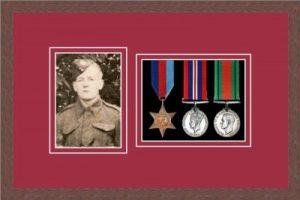 Military Medal Frame – M3PH-99F Dark Woodgrain-Beaujolais Mount