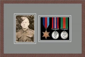 Military Medal Frame – M3PH-99F Dark Woodgrain-Grey Mount