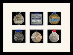 Marathon Medal Frame – S12-77i Black-Antique White Mount