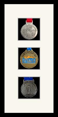 Marathon Medal Frame – S13-77i Black-Antique White Mount