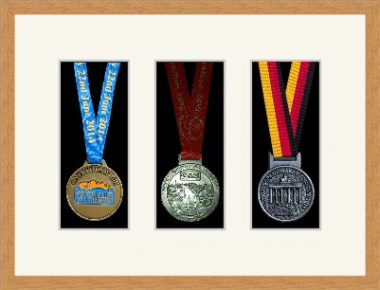 Marathon Medal Frame – S15-98F Light Woodgrain-Antique White Mount