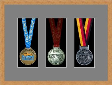Marathon Medal Frame – S15-98F Light Woodgrain-Grey Mount