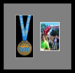 Marathon Medal Frame – S2PH-192H Black Woodgrain-Grey Mount