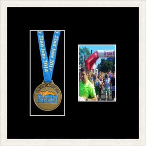 Marathon Medal Frame – S2PH-193H White Woodgrain -Black Mount